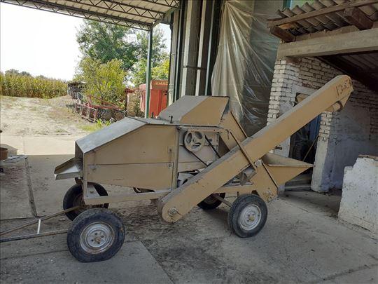 Krunjač za kukuruz
