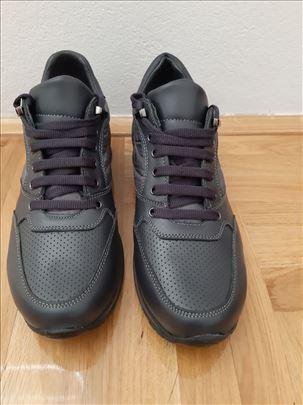 Muske cipele br. 42     (28cm)