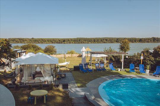 Danube Apartmani - Lux apartmani sa bazenom
