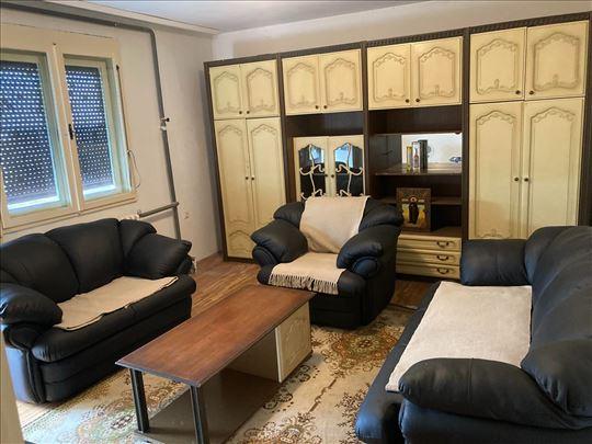 Dvoiposoban stan u Novom Kneževcu