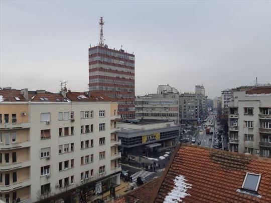 Prodaja stana u centru Beograda, Trg Republike
