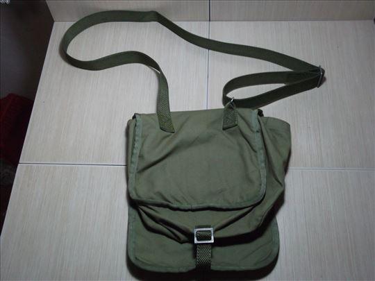 Vojna torbica!