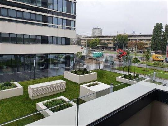 Novi Beograd - Novi Merkator Blok 32 ID#38744