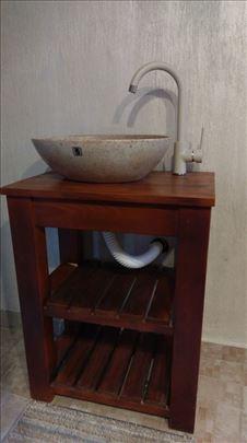 Izrada kupatilskog nameštaja od drveta