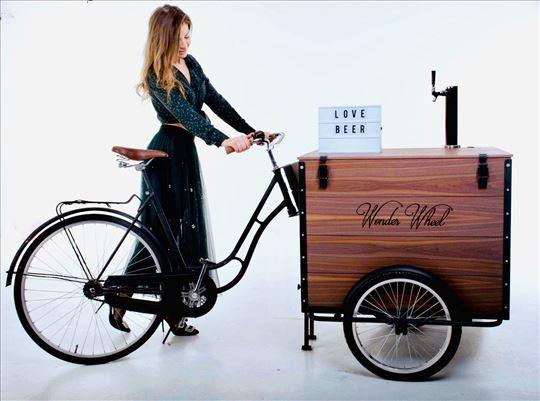 Beer bar bicikl. Točilica za pivo