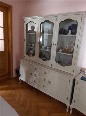 -Renovirana kuća, urađena izolacija, f...