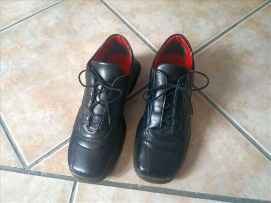 GP crne cipele