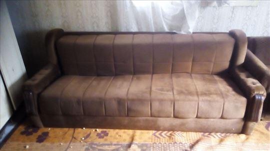 3 kauča na prodaju
