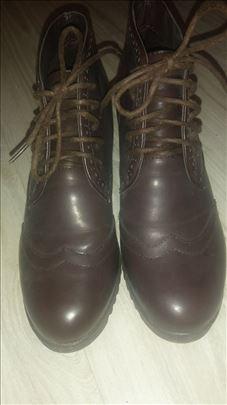 Zenske cipele broj 37 braon Nove
