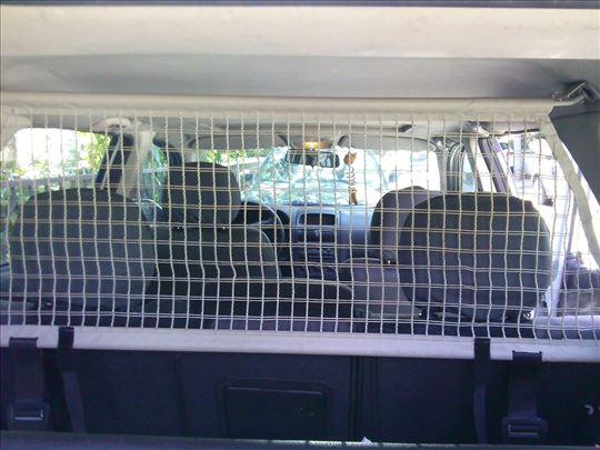 Opel Astra G- pregradna mrezica izmedju kabine i g