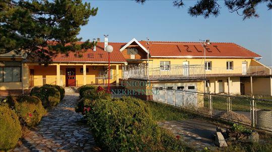 Restoran 632m2 na 40 ari  - Baćevac