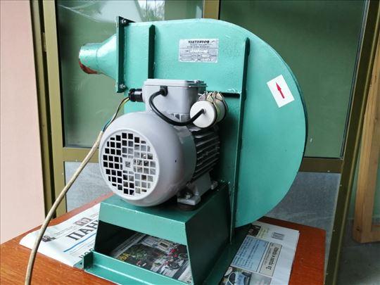 Industrijski centrifugalni usisivač vazduha