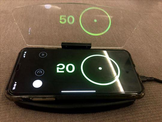 Bežični punjač mobilnog za auto sa HUD displejem