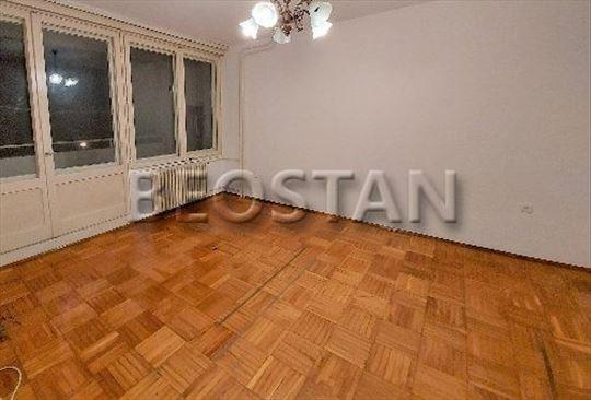 Novi Beograd - Blok 45 Cetvorospratnica ID#39117