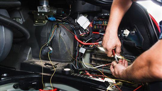 Autoelektrika, servis i delovi