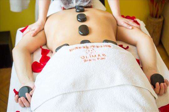 Hot Stones masaža masaža vulkanskim kamenjem