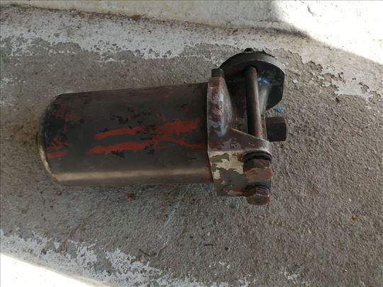 Nosač filtera ulja imt 558