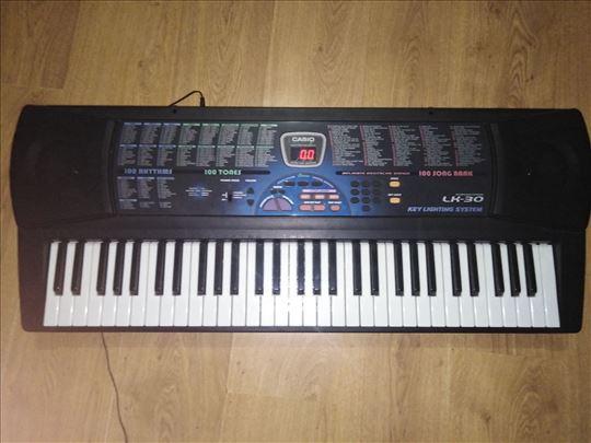 CASIO LK 30 klavijatura-5 oktava,svetleće dirke...