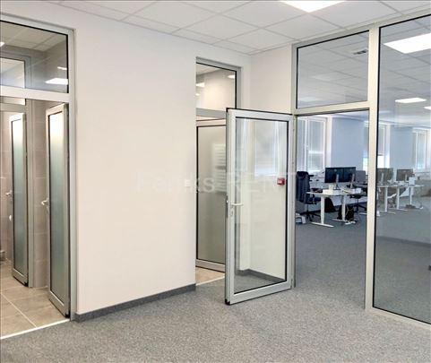 Poslovni prostor za izdavanje, Novi Beograd, 286m2
