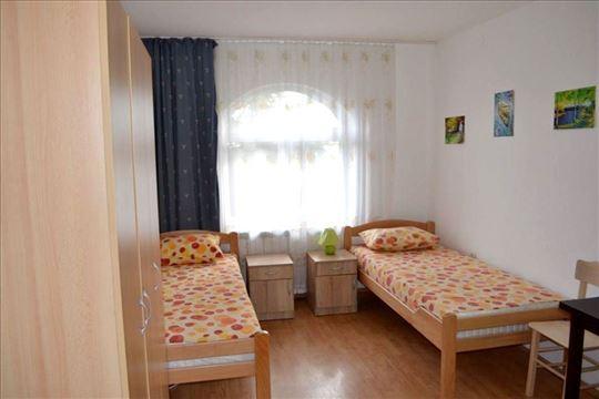 Dom za stare Rakovica