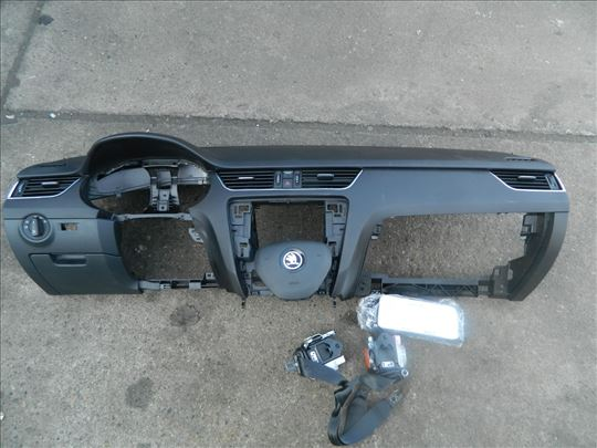 Tabla Skoda Octavia A7 airbegovi Oktavija A7