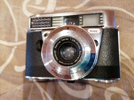 Kodak Retina IF + Xenar 2,8/45mm-Extra cena