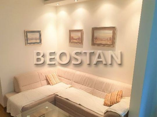 Novi Beograd - Belville garaza ID#36321