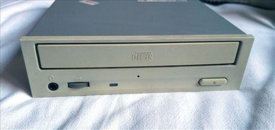 TEAC CD-540E