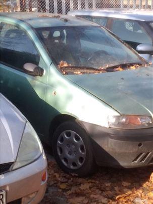 Hitno Fiat Punto 1,2 16v