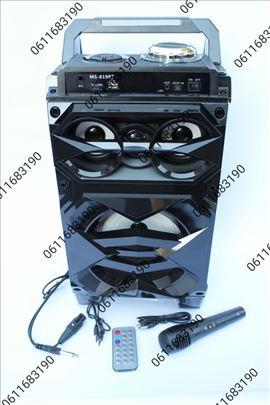 Drveni bluetooth karaoke zvucnik