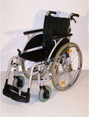 Invalidska kolica lako sklopiva