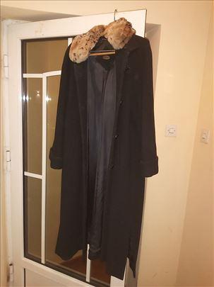 Mona zenski kaput ko nov