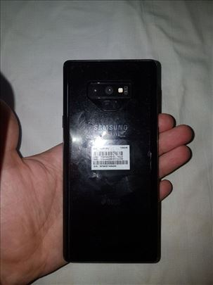 Prodajem Samsung Note 9