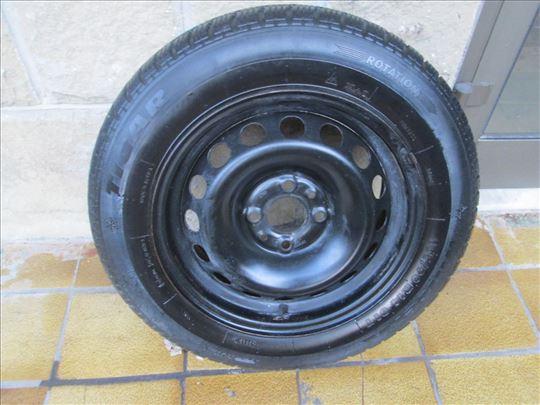 Zimska guma Tigar 165/70-14, sa felnom od Z-10