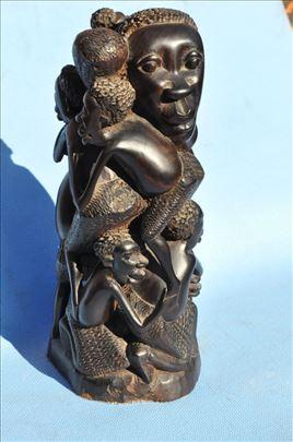 Majka i devetoro dece, africka umetnost