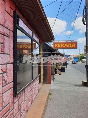 Lokal sa podrumom i parkingom u ulici Cara Lazara