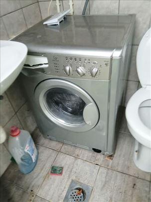 Indesit mas.za pranje i susenje i Gorenje za sudje