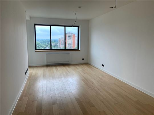 A blok, lux, novogradnja, garaža, ID 14337
