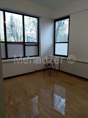 Dorćol, poslovni prostor, dobra lokacija, cg, 46m2