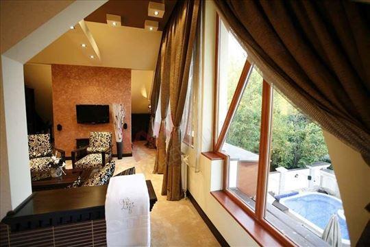 Hotel sa 4 zvezdice na najlepšem delu Palića