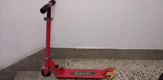 Trotinet Scooter ukupna duzina 57,visina min.52,ma
