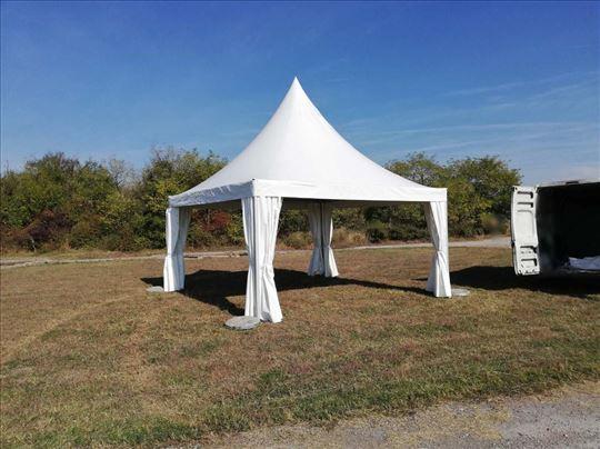 Prodaja sklopivih šatora za dvorište