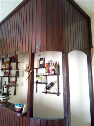Kućni bar/šank u rasklopljenom stanju