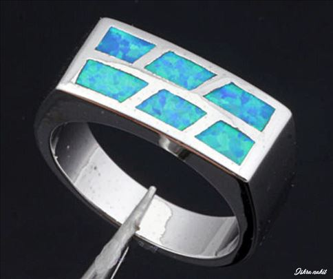 Srebrni prsten OPAL prirodan poludragi kamen nov