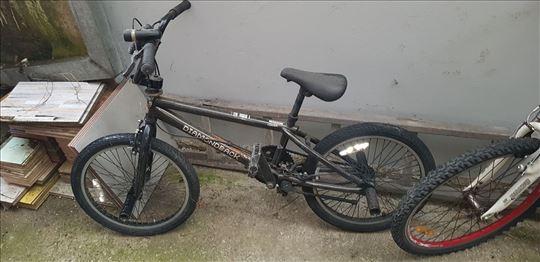 Biciklo BMX