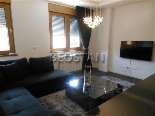 Novi Beograd - A BLOK GARAZA 50E+ ID#40442