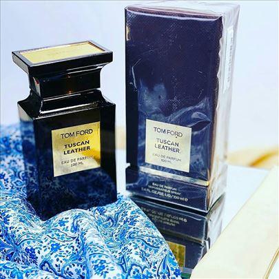 Veliki izbor parfema