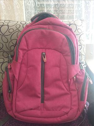 Roze ranac za laptop