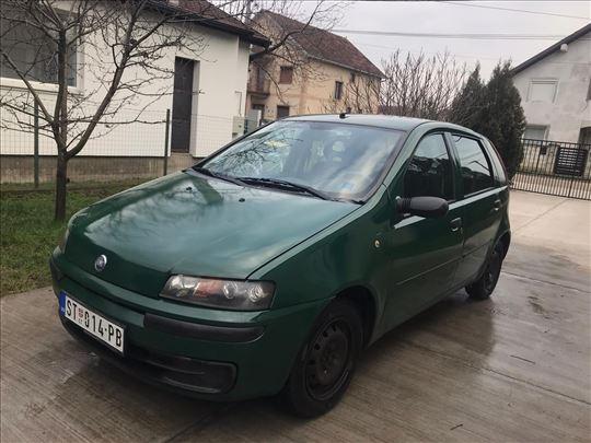 Fiat Punto 1.2 izuzetno ocuvan