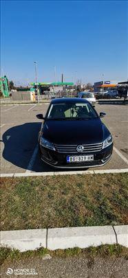 Volkswagen Passat B7 2.0tdi 140ks BLUEMOTION